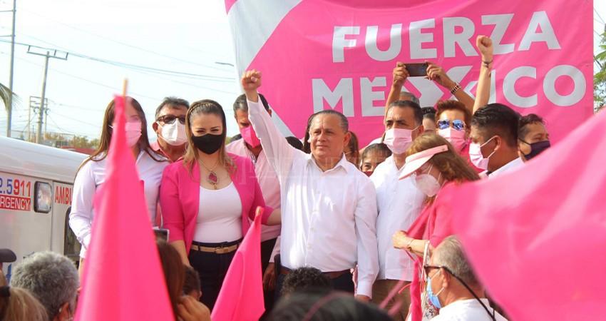 En el último día, Ernesto Ibarra se registra en Fuerza por México