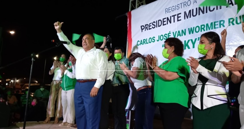 Carlos Van Wormer se registra como candidato del Verde a la alcaldía de Los Cabos