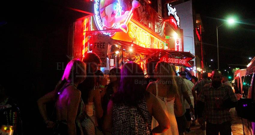 Municipio evaluará la reapertura de bares y tables dance antes del semáforo verde
