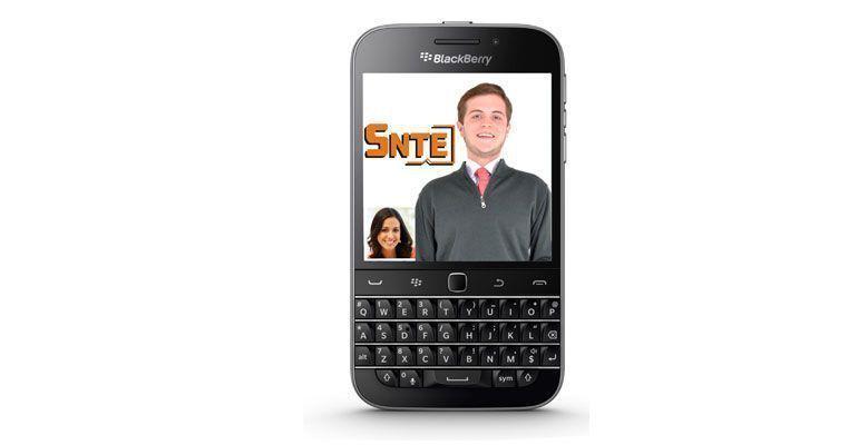 Casual en tiempo electoral… regala el SNTE a 1 mil maestros costoso Blackberry