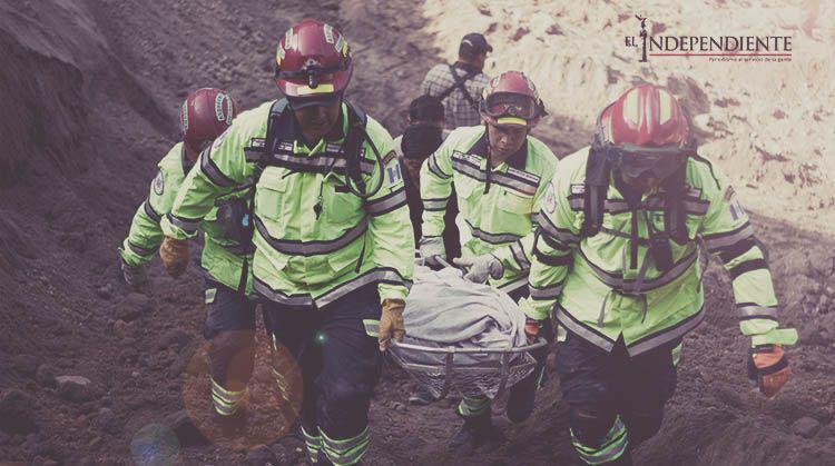 Suman 32 muertos por alud en Guatemala; reanudan búsqueda