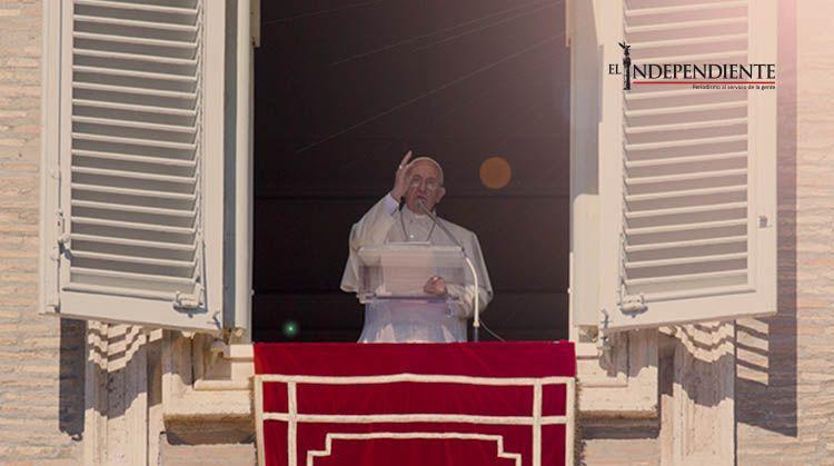 El Papa ora por las víctimas del atentado en Turquía