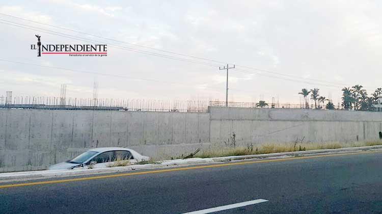 Si ya fue clausurado, entonces que derriben el muro en el corredor turístico: sondeo
