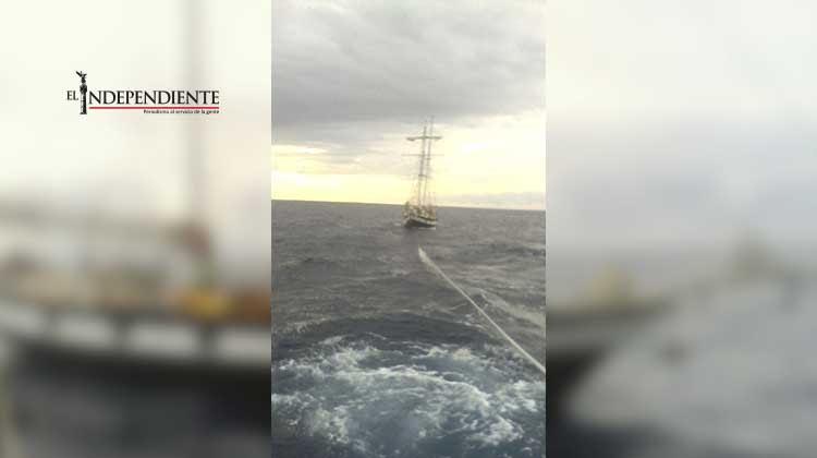 Rescata la Armada de México a cinco personas en Los Cabos