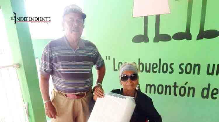 Abuelitos encuentran el amor en el Club San Miguel