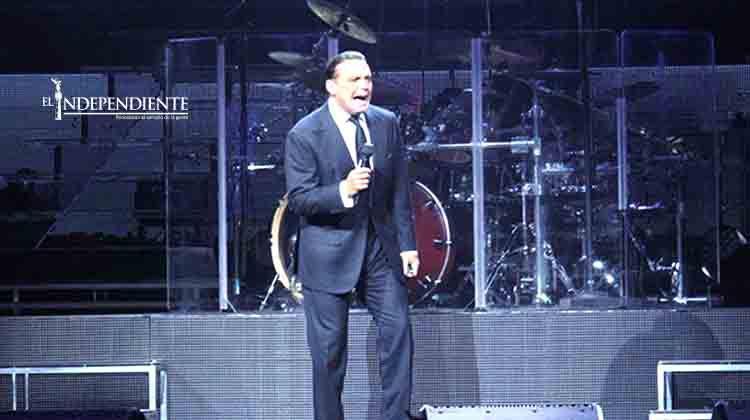 Luis Miguel arranca gira en EU con gran éxito