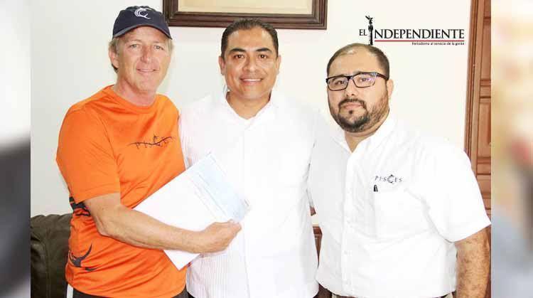Reitera Arturo de la Rosa su apoyo para la realización de torneos de pesca deportiva