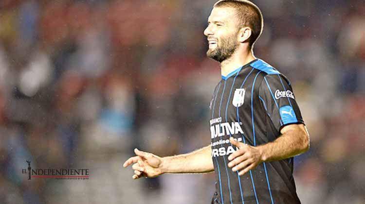 El 'Rey del gol' sigue en Gallos, 'Tito' Villa se queda en Querétaro
