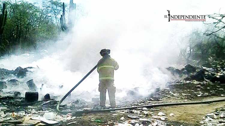 Siguen los incendios en basureros clandestinos de SJC