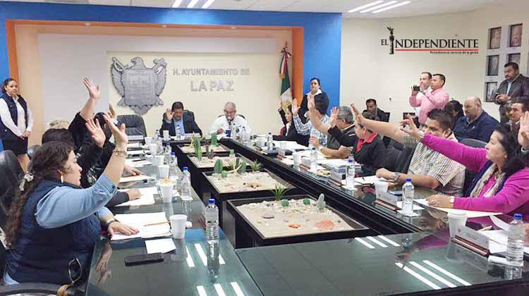 Reclaman regidores de La Paz mejores sueldos; 50 mil pesos es una miseria, afirman