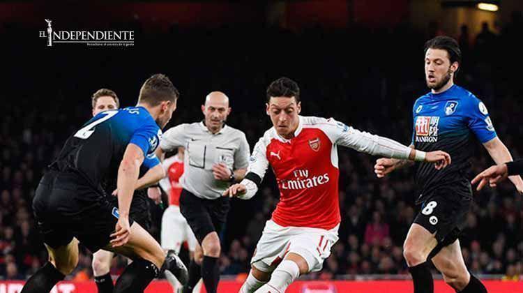 Arsenal cierra el año con victoria y es líder momentáneo