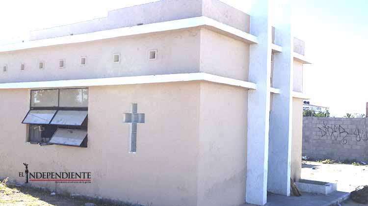 Las capillas de Santa Cecilia y el Niño de la Animita, abrigo para discapacitados y teporochos