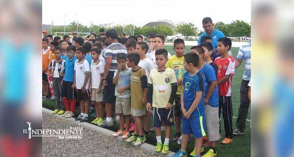 Inauguran el Torneo Futbolito Bimbo en La Paz