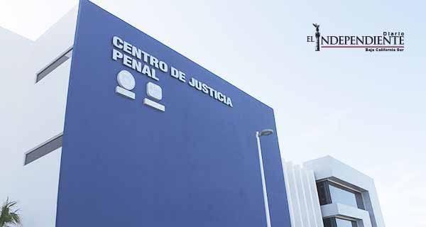 """El legislador del PRI Amadeo Murillo calificó como una """"vergüenza"""" la prorroga al NSJP"""