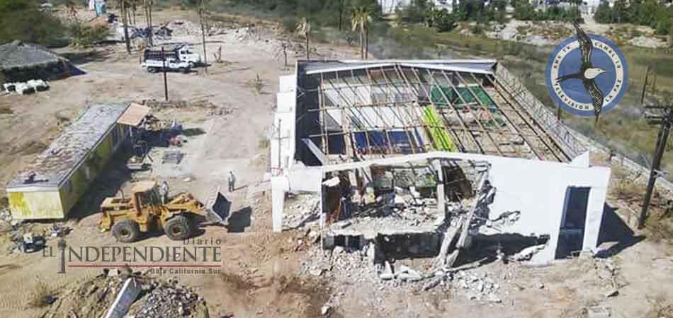 Solo escombros quedaron de lo que fuera Canal 10 La Paz