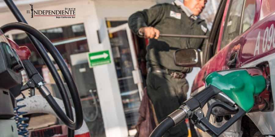 Este martes, la gasolina Premium y el diésel bajarán un centavo