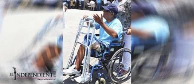 Multas por usar espacios azules debe destinarse al beneficio de personas con discapacidad