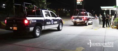 A punta de pistola asaltan gasolinera en SJC