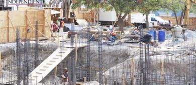 Lenta remodelación de Plaza Mijares