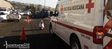 """Otro accidente más en la curva del """"mirador"""" de Costa Azul"""