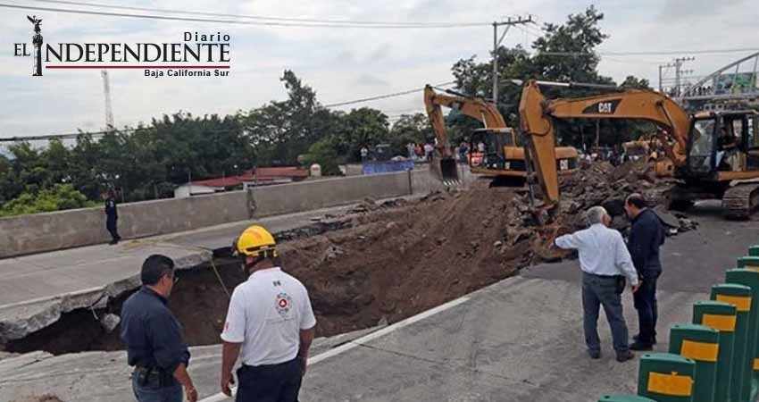 Corrupción en contratos de construcción detrás de accidente en Paso Exprés: Barzón