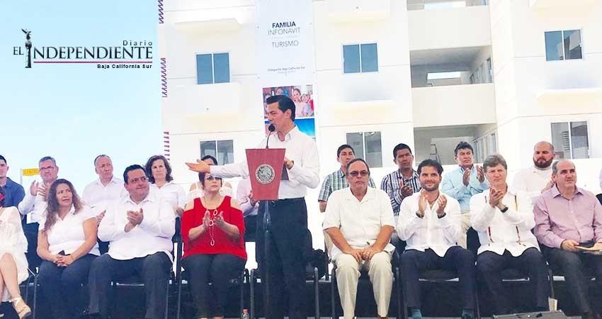 """""""Cumple el Gobierno de la República con los Sudcalifornianos"""": Peña Nieto"""
