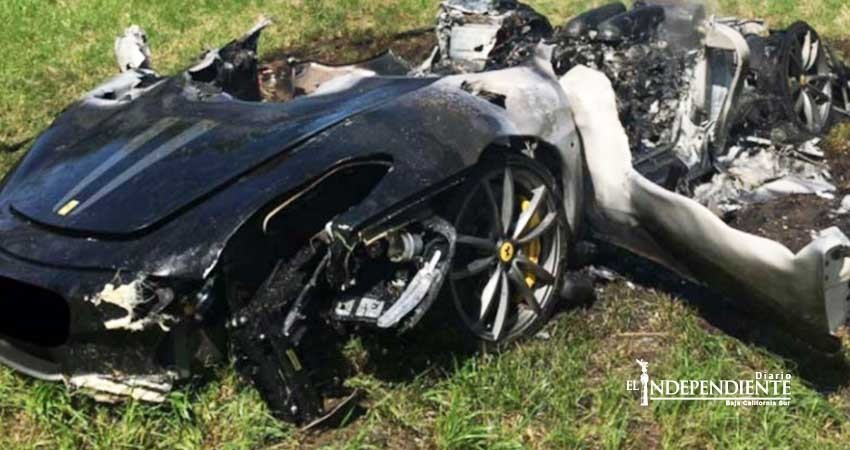Carboniza su Ferrari apenas minutos después de comprarlo