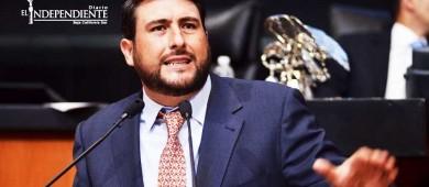 """Tuvo gobierno federal que """"meter mano"""" en BCS para poner orden: Barroso"""