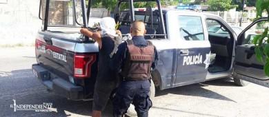 Detienen a tres hombres por delitos contra la salud
