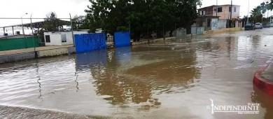 Lluvia provoca caos vial y crecida de arroyos en SJC