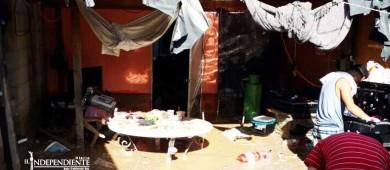 Lo perdieron todo; lluvia inundó la casa de la familia González