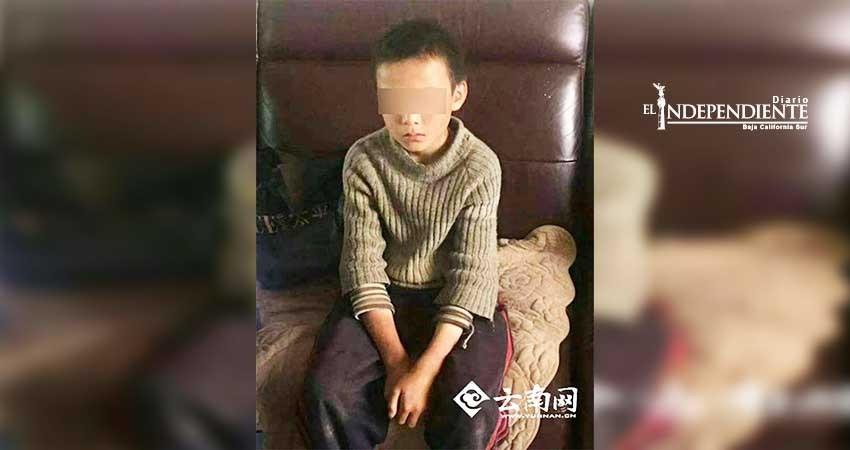 Niño se fuga de casa y sobrevive casi un mes comiendo serpientes