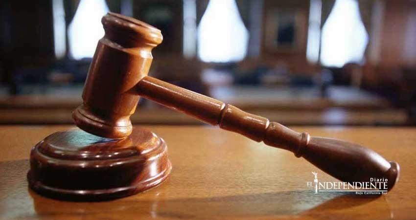 Logra PGJE fallo condenatorio de 2 años contra imputados por robo agravado