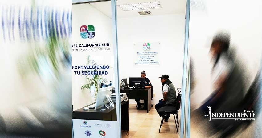 Detienen a dos prófugos en módulos de revisión secundaria en La Paz y Los Cabos