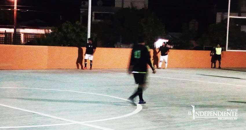 Inicia la actividad de la sexta jornada en la Liga Los Mangos
