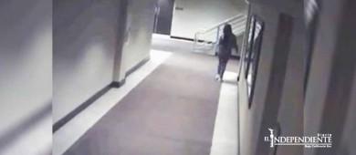 Mujer que murió en un congelador se metió sola