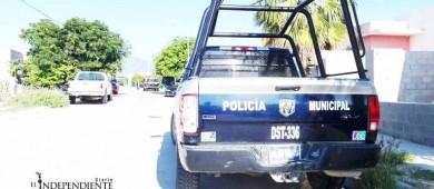 Balean vehículo de comandante de la Policía Estatal en Los Cabos