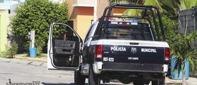 Comando armado abre fuego contra vehículo de comandante de la Policía Estatal