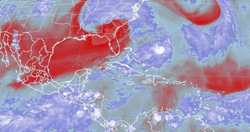 Max evoluciona a huracán categoría 1