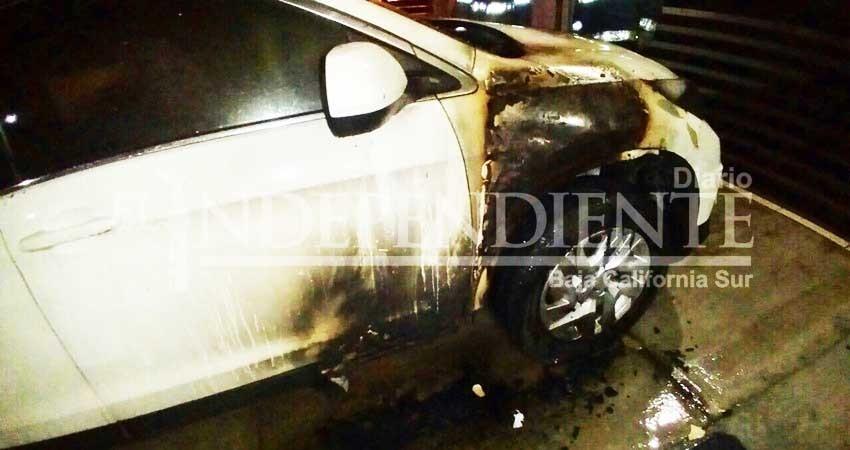 Inicia PGJE averiguaciones sobre incendio de automóvil de directora estatal