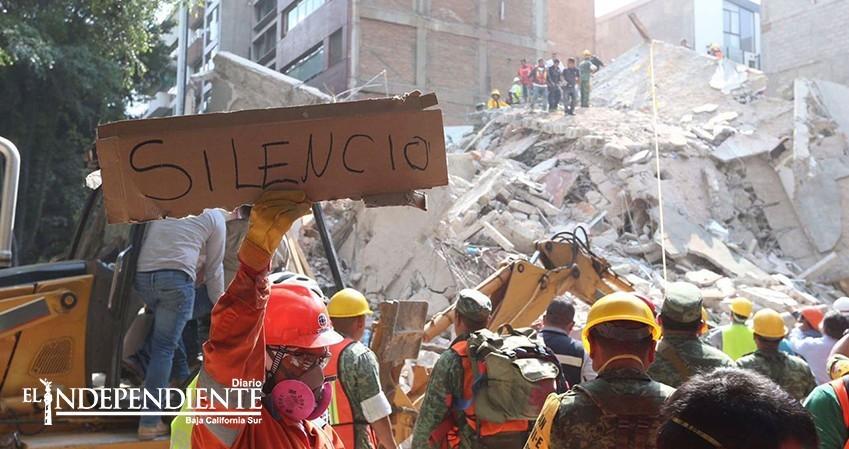 Asciende a 140 muertos por sismo de 7.1 en México