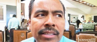 """Al regidor que me acusa de plagiar mis iniciativas, """"ni lo conozco"""": Dip. Zamora"""