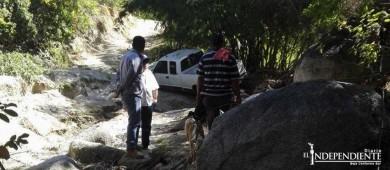 Se comprometen SCT y JEC en abrir caminos para acceder a rancherías en La Paz