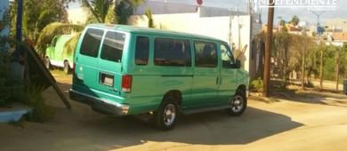 Localizan vehículo con reporte de robo en Los Cabos