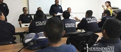Advierten policías municipales posible paro de labores en La Paz