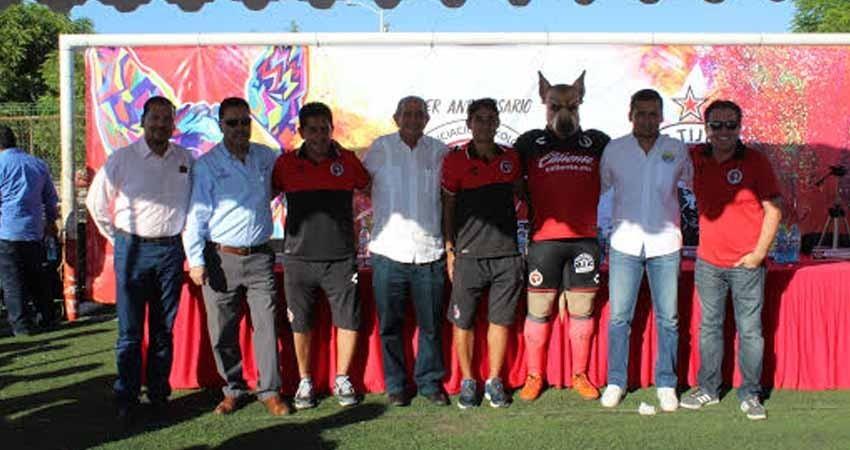 Gran celebro en el Aniversario de la Escuela de Xolos Cix-La Paz