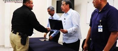 Reciben  reconocimientos elementos de investigación de la Policía Ministerial