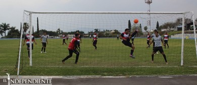Tercer lugar para BCS en la categoría Master de Futbol