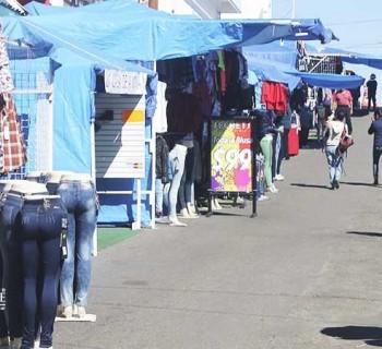 Buscan comerciantes de La Paz reactivar economía con Tianguis Madero