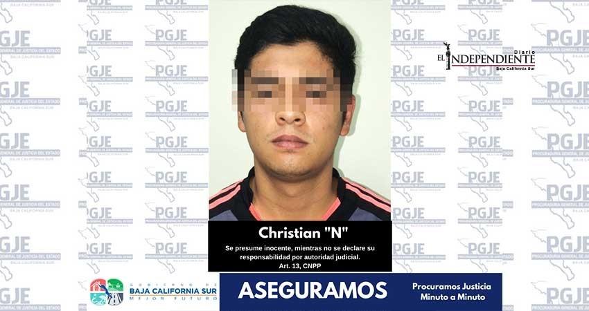 Fueron detenidos dos sujetos y 675 dosisde cristal mediante cateo en La Paz